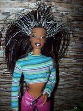 Barbie Beyond Pink Christie Puppe mit Glitzerhaar u.Gliederkörper, Doll