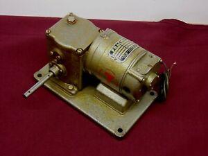 Fracmo, 220 V DC Geared Motor, 6 rpm.
