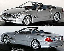 Mercedes Benz SL R230 - 2001-06 silber silver metallic 1:43 Minichamps