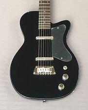 Silvertone 1303 U2 Reissue Electric Guitar In Black