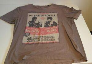 The Battle Royale T-Shirt Joe Thunder Wilson vs James Buster Jones Size Large