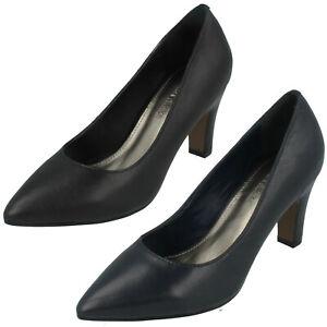 Ladies Leather Collection Pointy Toe Slip On Slim Block Heel Court Shoe F9R0083