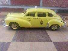 THE BROOKLIN COLLECTION '49 CHECKER NEW YORK CAB YELLOW BRK89A DIE CAST CAR 1:43