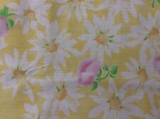DAISY KINGDOM # 4855 DAISIES & ROSEBUDS ON YELLOW --BY THE YARD