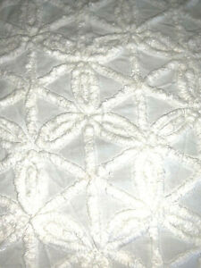 """Vintage White Cotton Chenille Bed Bedspread Cutter Crafts 87"""" x 102"""""""