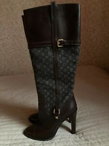 Authentic Louis Vuitton high boots size 38.5 EU, 8 US