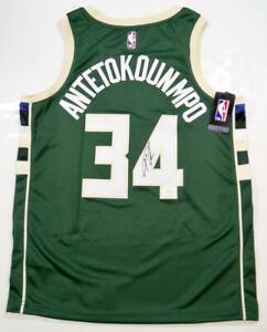 Giannis Antetokounmpo Autographed Milwaukee Bucks Green Jersey- JSA W Auth *4