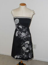 CYNTHIA BY CYNTHIA STEFFE BLACK EMBROIDERED STRAPLESS KNEE LENGTH DRESS SIZE S