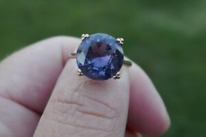 Early 20th Century 14kt Yellow Gold & Color Changing Sapphire - Size 5.5 / 3.3 G