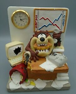 Vintage Looney Tunes Tazmanian Devil Taz Clock Desk 1994 Warner Bros