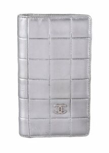 Chanel Metallic Silver Quilted Leather CC Logo Long Vertical Bi-Fold Wallet Rare