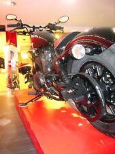 Support de plaque latéral Yamaha XV 950 et XV 950 Bolt 001