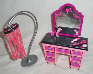 2008 Barbie Glam Vanity & Lamp