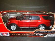 Motormax Ford Explorer XLT 2015 Red 1/18