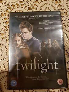 Twilight [DVD] includes special features cert 12 New and sealed