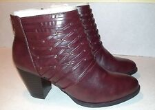 New Avenue Houston Woven Burgundy Bootie Boots 11W Orig $79 Free Ship!