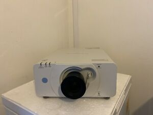 PANASONIC PT-DZ570E DLP PROJECTOR (574 Normal LAMP HOURS USED )