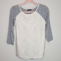 Market & Spruce Stitch Fix Lace Shirt Top Blouse Crew Neck Gray White Small