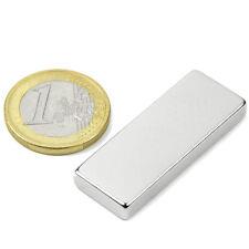 Super Magnete Parallelepipedo al Neodimio dimensioni 40x15x5 mm Potenza 8 Kg.