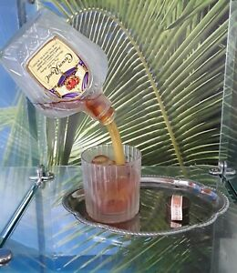 "Vintage Geoffrey Rose Frozen Moments NIB "" WHISKEY BOTLLE POURING GLASS ""  1990S"