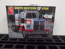 AMT 724 1/25 White Western Star Semi Tractor Cab w/Sleeper  NIB  AMT724-NEW