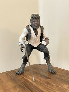 """Mezco Toyz Universal Monsters The Wolfman 7"""" Scale Action Figure 2009 Toy"""