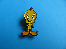 Tweety Pie Character Pin badge. VGC. Unused.