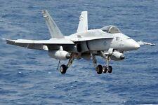 F/A-18c Hornet Landing 12x18 Silber Halogen Fotodruck