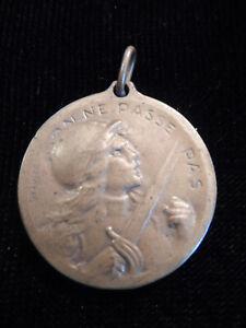 U16JA) Médaille ancienne de VERDUN guerre 14 18 french medal