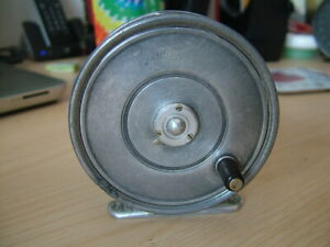 """Vintage Hardy, The """"Lightweight"""", 3 3/16"""" Trout Fly Reel. Half Caliper Check."""