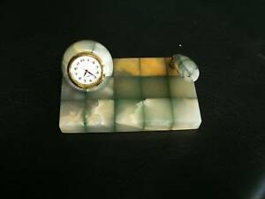 MARBLE ONYX MULTI GREEN PEN STAND WITH CLOCK  5""