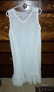 Girls Full Slip, Size 7/8, cotton blend, EUC
