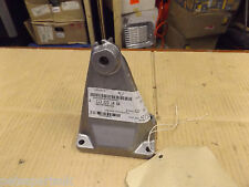 New Genuine Mercedes Benz RH Engine mount      A1132231404     M48