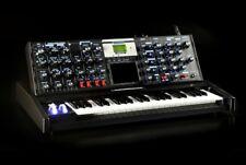 Moog Minimoog Voyager Electric Blue Analog Synth V3 Brand New /Armens/