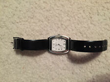 MEN KENNETH COLE BLACK LEATHER USED WATCH