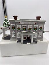 "Snow Village/ Dept 56 / "" Snowy Hills Hospital / 1998, Very Nice , Original Box"
