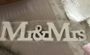 Wedding Sign. Mr & Mrs. Freestanding