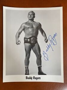 Wrestling Superstar Buddy Rogers Autographed Photo 8x10