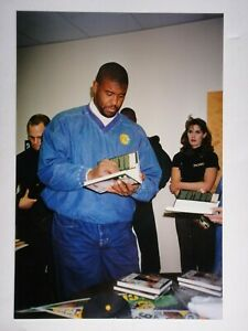 REGGIE WHITE SIGNED BECKETT CERTIFIED AUTHENTIC BOOK AUTOGRAPHED IN THE TRENCHES