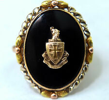 Vintage 10K Solid Gold and Onyx  In Hoc Signo Vinces Fraternity Ring Size 8