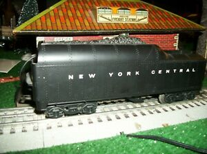 LIONEL WHISTLEING TRAIN CAR,  0 SCALE , NEW YORK CENTRAL