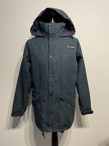 Berghaus Gore-Tex Outdoor Hiking Walking Jacket Coat (Mens / Size: Small)