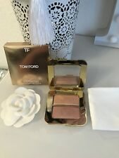 Tom Ford Sheer Highlighting Duo Reflects Gilt
