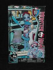 Monster High Clase De Arte-hija Del Yeti-Abbey Bominable Muñeca Nuevo Y En Caja