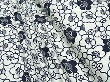 Jersey dblaue Blüten auf weiß Baumwoll Jersey 0,5m