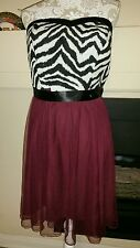 Debs Women's party dress strapless Black white maroon tulle size 18