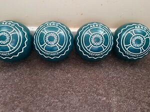used aero lawn bowls size 3 heavy type defiance