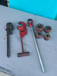 LOT OF 7 RIDGID DIE HEADS  & PIPE THREADER RATCHET