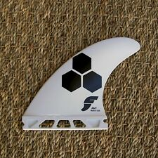 New Futures Fins AM1 Thermotech Surfboard Tri Fin Set - White