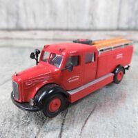 Brekina Einsatzfahrzeug Feuerwehr Mercedes Benz 4500S LF 25 # 4421 35